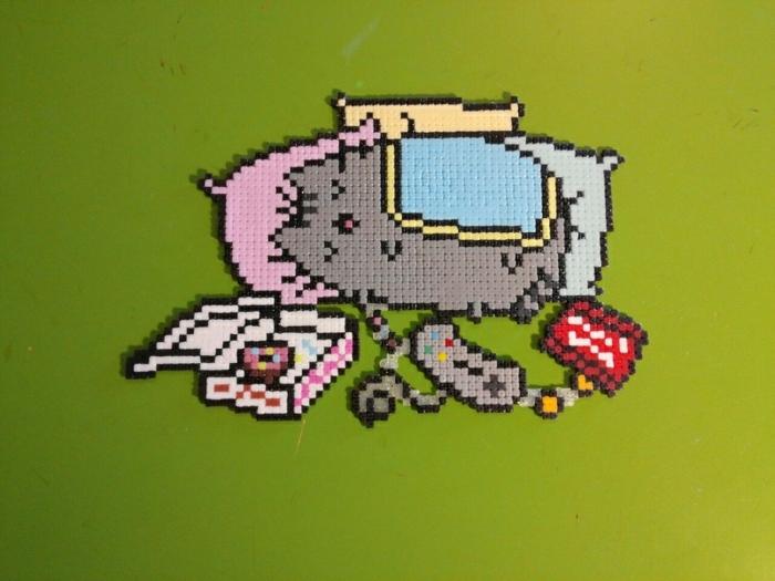 Dessin 3d avec stylo spécial broderie diamant, activité manuelle adulte peinture a realiser chat pusheens