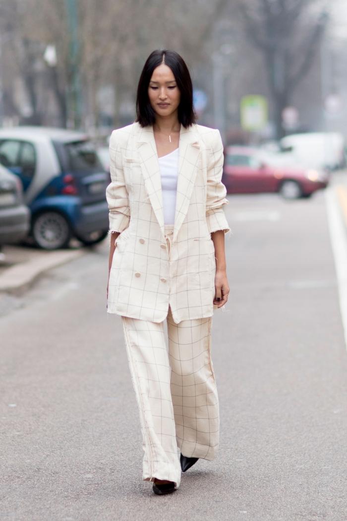 modèle ensemble tailleur femme pour une tenue stylée, exemple comment porter le blanc au quotidien pour un look femme professionnel