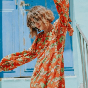 La robe fleurie pour femme - une des plus belles tendances de la saison !