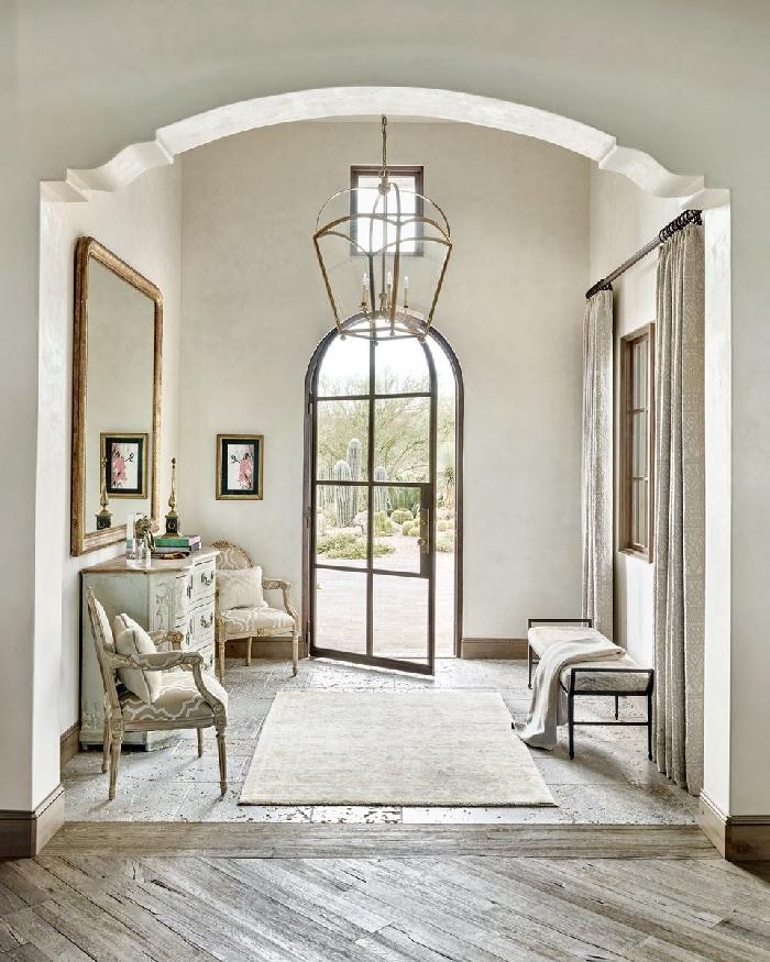 lustre fer fauteuil chaise style vintage miroir cadre vintage doré quelle couleur pour un couloir sans fenetre rétro chic décoration