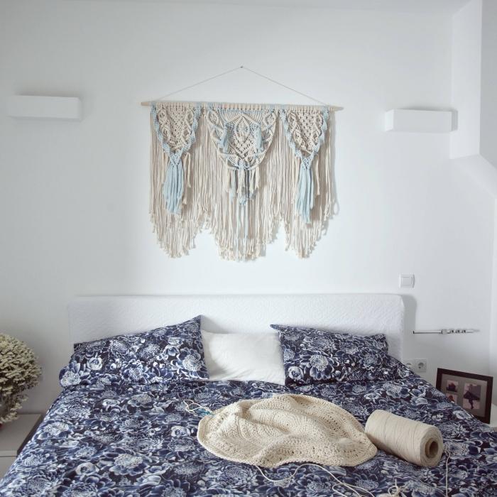 macramé mural bicolore cotton bleu pastel corde beige macramé noeud suspension franges style bohème meubles en bois clair