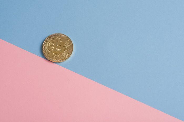 monnaie fond coloré rose bleu ciel