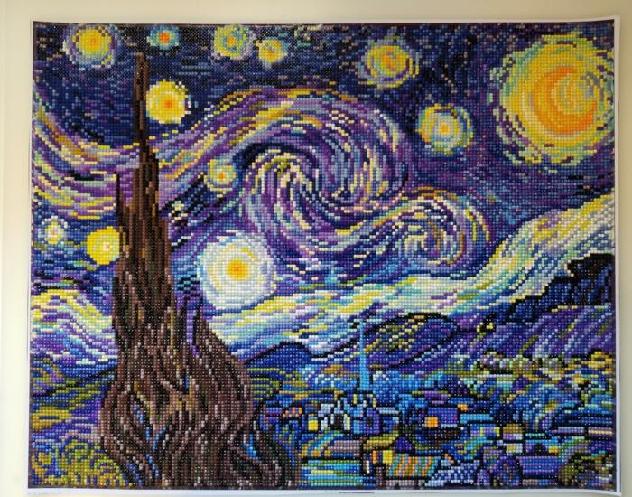 Van Gogh peinture nuit étoilée vue idée activité broderie diamant originale peinture en puzzle a mettre