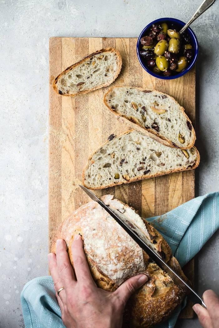 recette pate a pain italienne aux olives, comment faire pain italien de campagne traditionnel