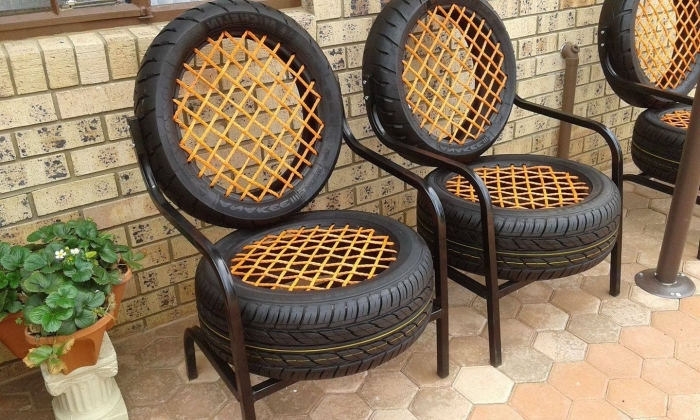 idée déco jardin avec meubles DIY, modèles de chaises réalisées avec matériaux de récupération, diy chaise en pneu