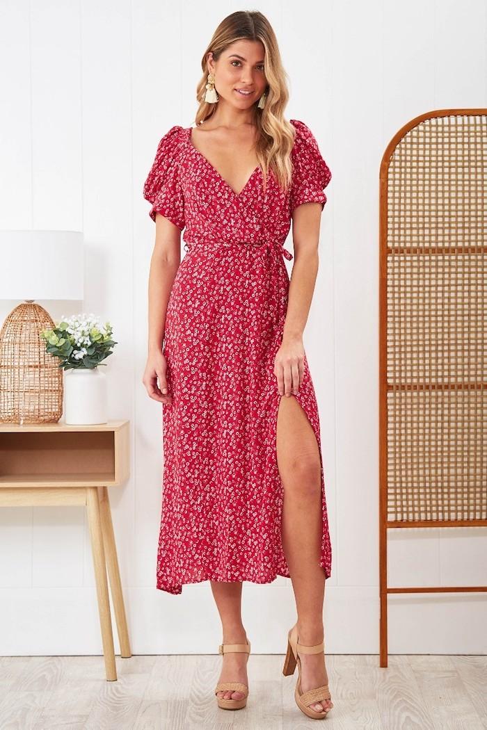 robe fleurie mariage invitée originale idée de tenue pour l été rouge robe a fleurs robe longue femme ete robe longue fleur comment porter une robe