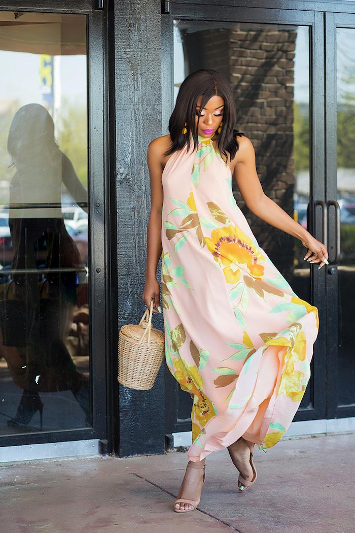 robe longue a la mode de chez asos robe habillée idée tenue de jour fleurie evasee robe longue epaules denudees ootd femme moderne été 2020