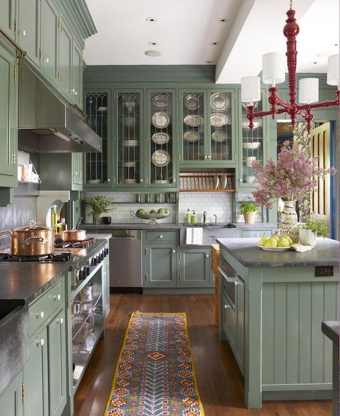 Vert vintage cuisine, tapis oriental couleur cuisine moderne, déco idée couleur mur cuisine intérieur
