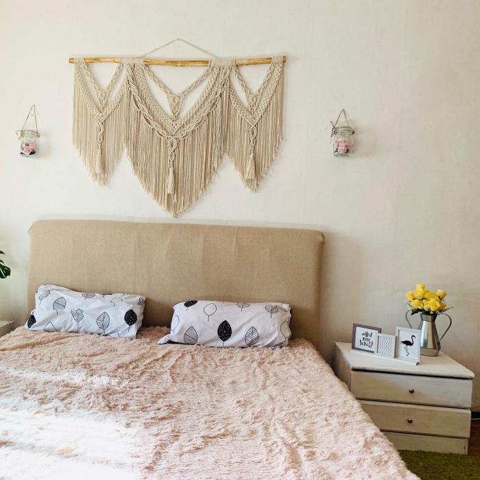 suspension corde macramé décoration chambre boho chic couleurs neutres fabriquer une tete de lit avec corde cotton beige