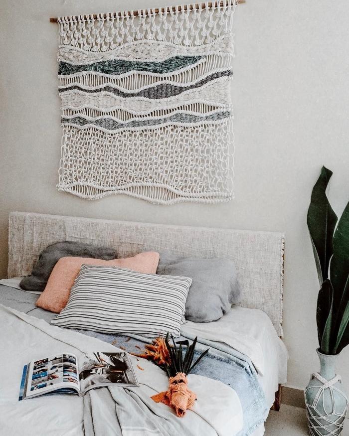 tete de lit tissu suspension murale à faire soi même bâton bois noeud macramé plante verte d intérieur vase aspect béton macramé
