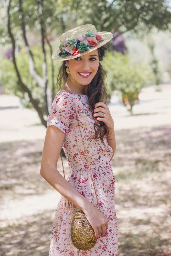 accessoire tête chapeau fleurs robe champetre tenue cérémonie invitée été robe d été mi longue manches courtes motifs floraux