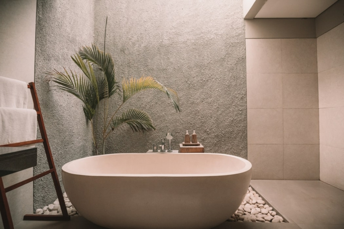 comment choisir la ventilation de la salle de bain belle piece tropique theme avec palmier baignoire ovale