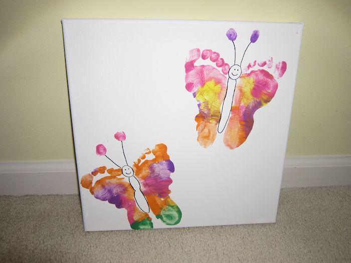 comment essiner des papillons en empreintes de pieds colorés avec corps dessiné au maruquer idée d activité manuelle facile pour enfants petite section art enfant