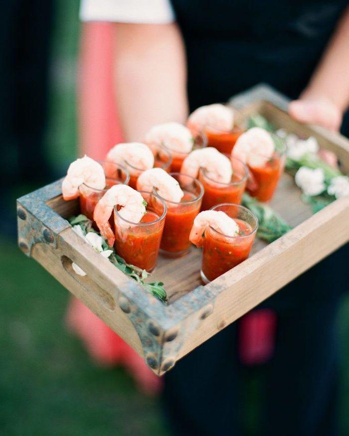 exemple apero dinatoire verrine soupe tomate gazpachi aux crevettes apero dinatoire chic pour mariage