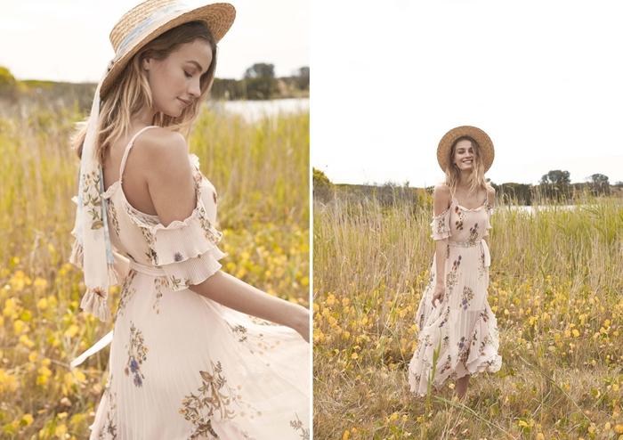robe longue a fleur blanche avec bretelles épaules dénudées robe fluide de style bohème chic capeline paille vêtements été femme tendance