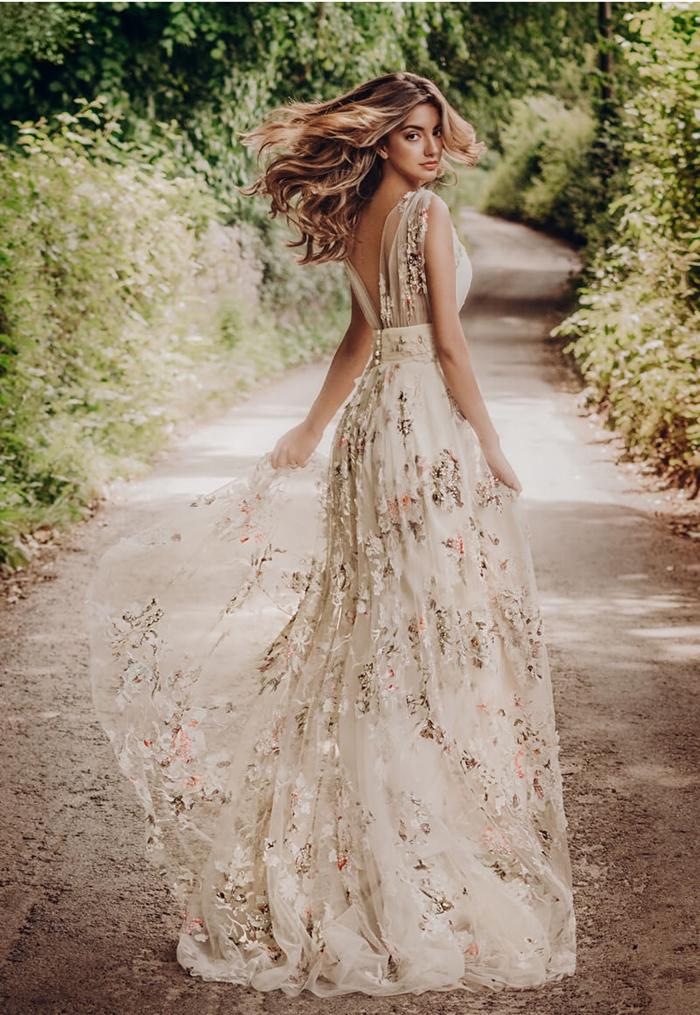 robe pour mariage champetre tulle broderie florale dos ouvert boutonné robe de mariée longue bohème chic été