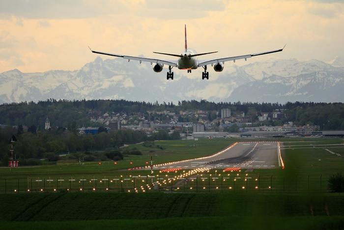 voyage avion conditions facteurs pour obtenir indemnisation pour vol annule ou retardé surbooking vol avion