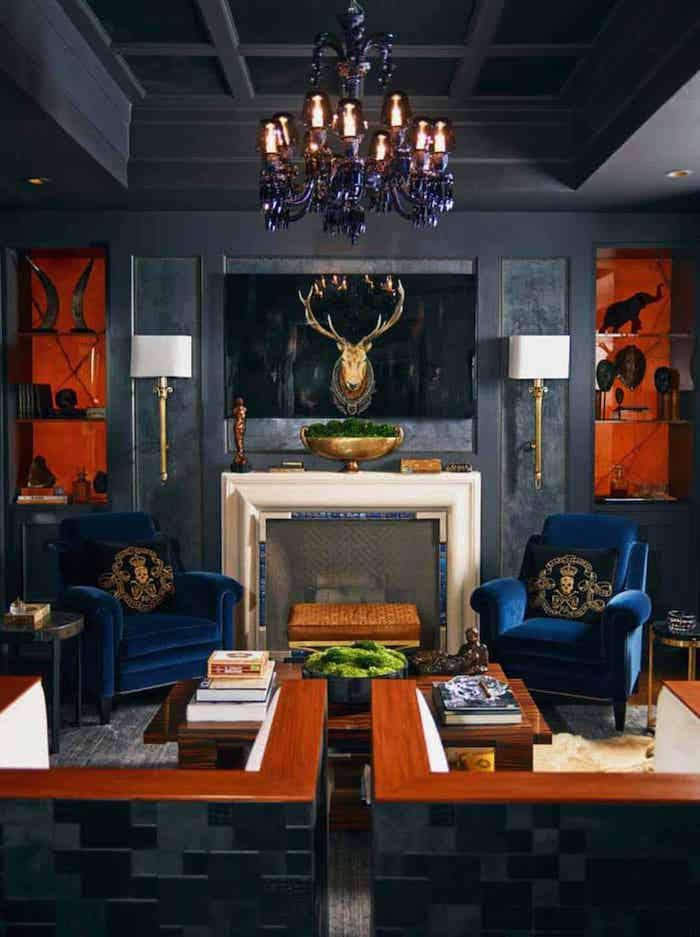 bleu fauteuil et gris murs lustre baroque plafond decoratif comment associer le noir couleur mural