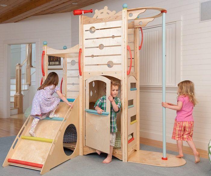 castel de jeux bois jouer dans la maison salle de jeux maison meuble rangement enfant chambre