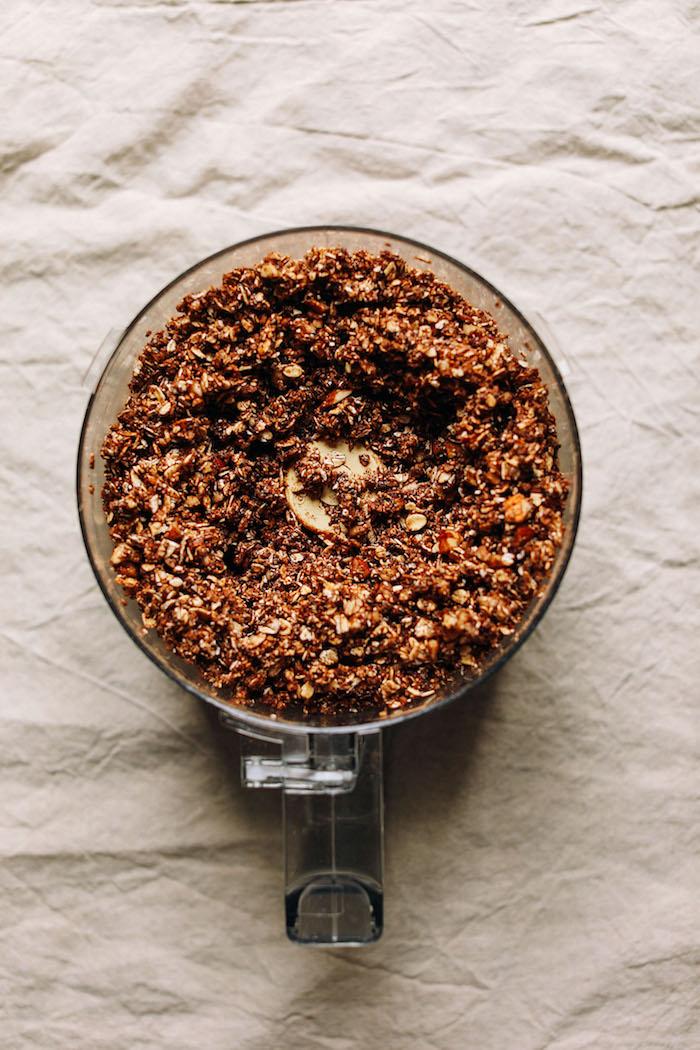 céréales maison aux flocons d avoine noix de coco graines noix cacao et chocolat recette granola healthy