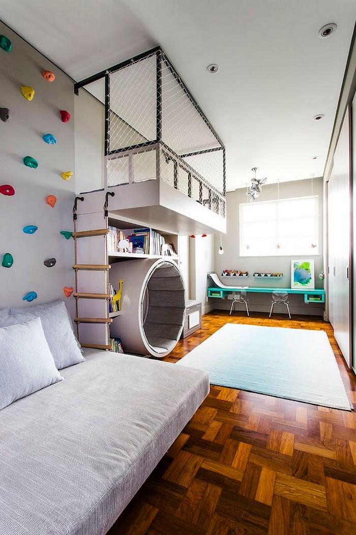 créative idée déco amenagement salle de jeu meuble de rangement enfant pour se sentir sécurisé mur d escalade