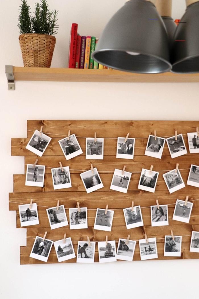 décoration murale chambre planches bois guirlande avec photos blanc et noir pinces bois étagère bois cache pot tressé