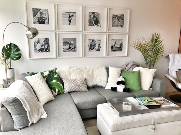 decoration mur interieur salon canapé d angle gris coussins décoratifs housse coussin motifs tropicaux lampe argent