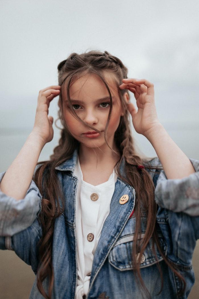fille 12 ans vetements jean veste vetement ado fille stylé les filles swag style de la rue a la mode coiffure tresse