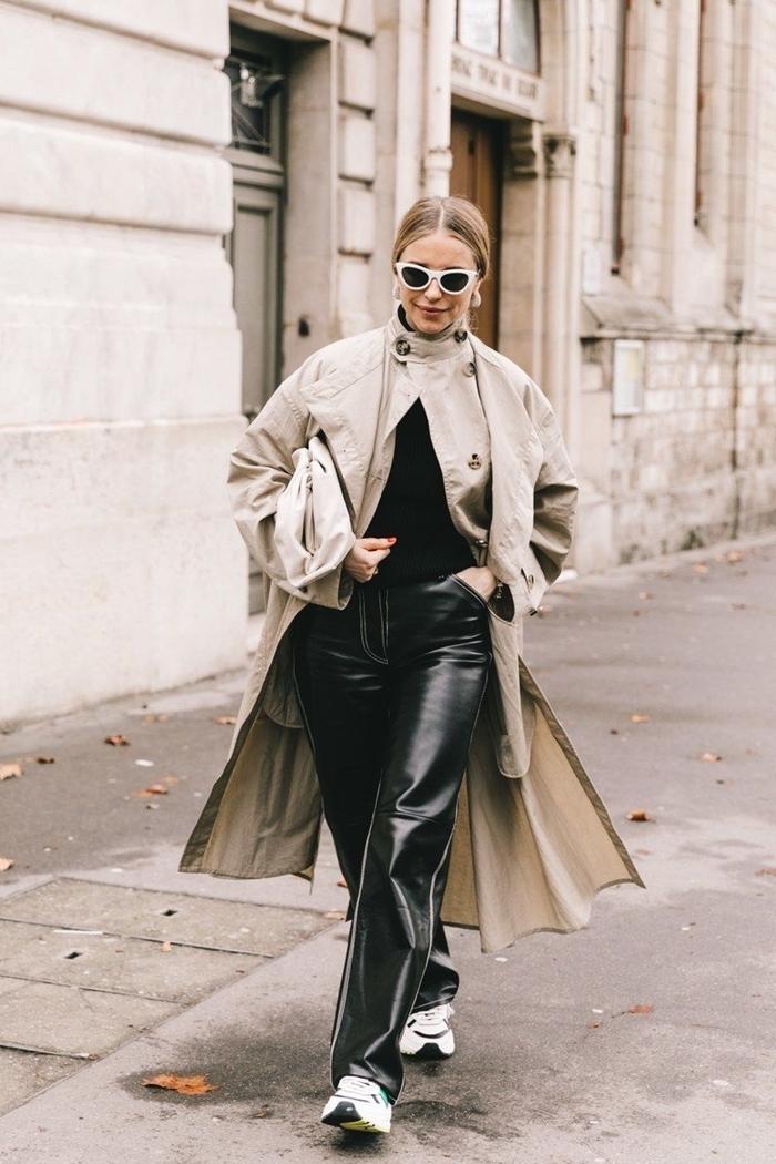 mode femme 2020 vêtements couleur neutre pantalon cuir noir fluide baskets blanches manteau long beige pull noir lunettes soleil monture blanche