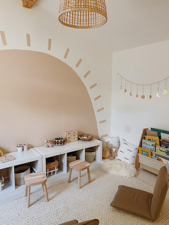 peindre le sol sur le mur tapis blanc meuble rangement jouet salle de jeux maison stylé