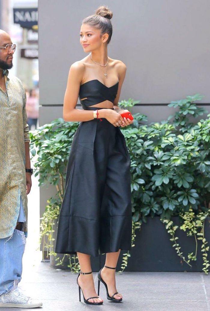 zendaya en tailleur bustier et pantalon evasee style vestimentaire ado modernes vetements pour les filles automne