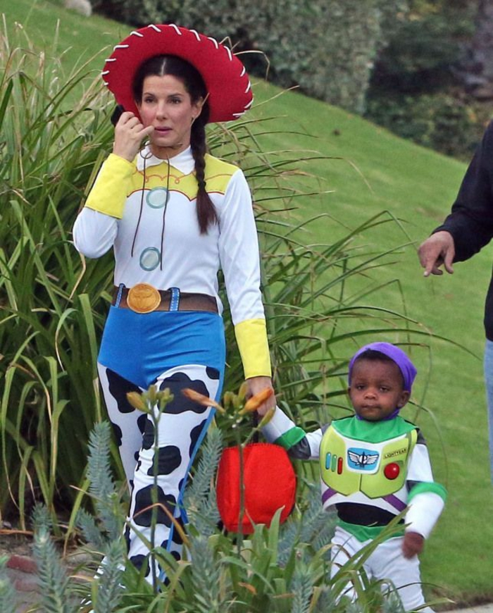 sandra bullock deguisement serie tv personnage année 90 film favori toy of the toys