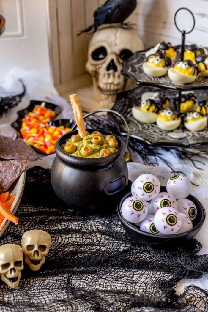 apero dinatoire halloween des amuse bouche decoration des cranes et des filets