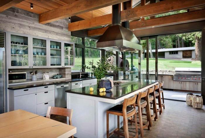 belle maison cuisine bois naturel cuisine campagne chic dans un appartement porte fenetre aspirateur