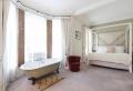 La salle de bain ouverte sur la chambre : conseils d'aménagement et déco en 49 photos