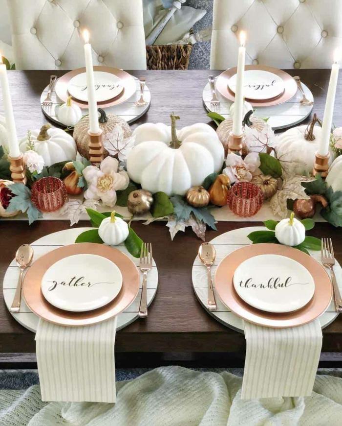 décoration mariage automne la plus belle deco de table automne blanches bougies et citrouilles