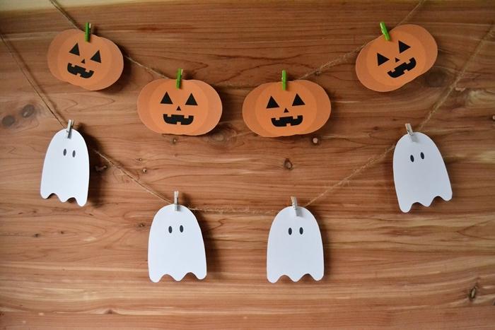 deco halloween a imprimer facile et rapide guirlande fantôme papier blanc dessin yeux citrouille lanterne fête octombre