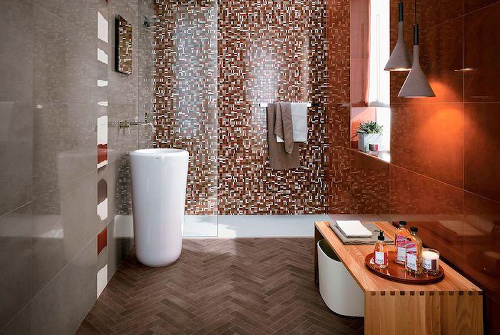 decoration de salle de bain idees pour petite espace rouge et orange