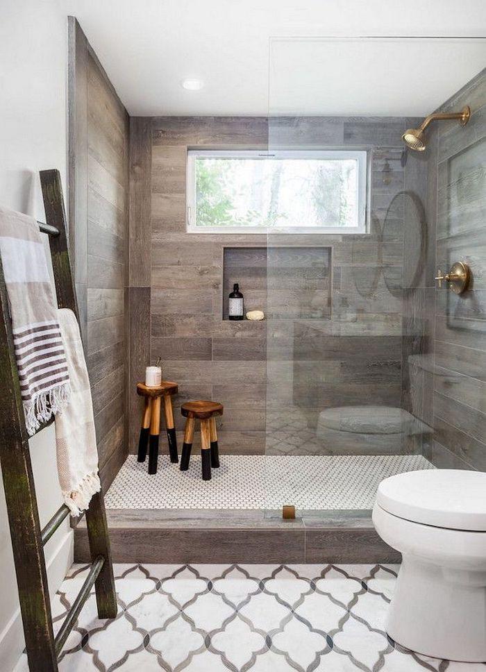 decroation dans la salle de bain en bois style rustique