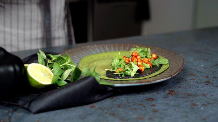 farce pour crêpe maison epinards au tahini de sesame noir pois chiches roquette repas halloween simple et rapide