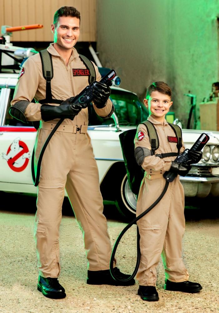 ghostbusters cosplay pere et enfant deguisement cinema pour la fete de halloween