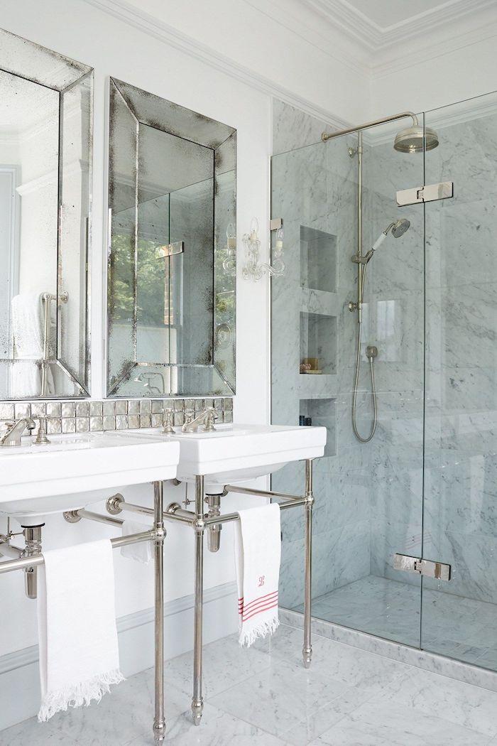 idee de decoration salle d eau en marbre et verre deux lavabos