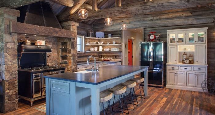 interieur maison rustique bleu ilot de cuisine blanc placard vintage cuisine bois brut comment décorer bien sa maison
