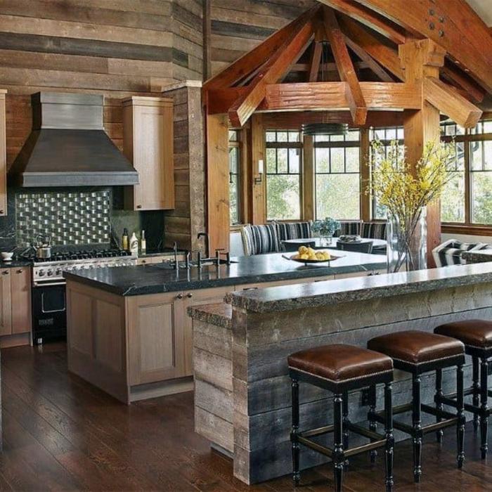 luxueux chalet cuisine chene massif comment bien décorer une cuisine moderne