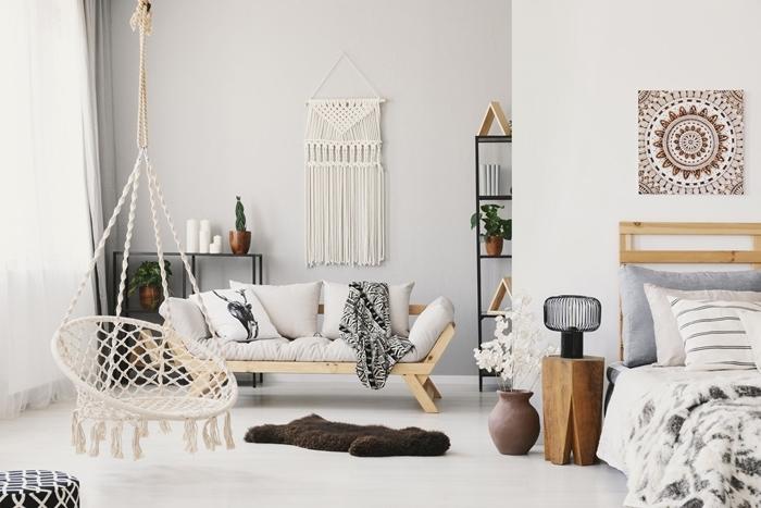 macramé mural facile diy suspension noeuds macramé déco salon boho moderne mebles bois étagère métal coussins