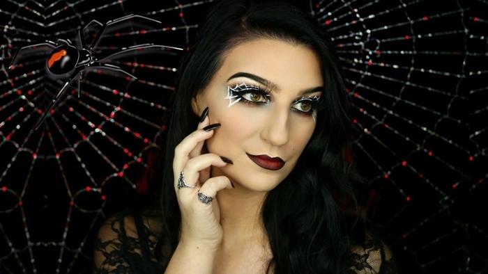 maquillage halloween araignée facile à faire makeup faux cils dessin eye liner blanc smoky yeux techniques contouring