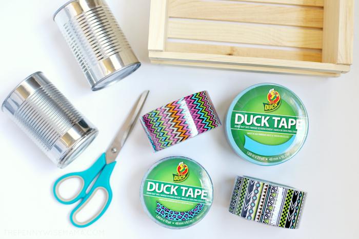 matériaux nécessaires pour faire pot à crayon diy en boite de conserverecyclée décorée de wahsi tape activité manuelle ado rentrée