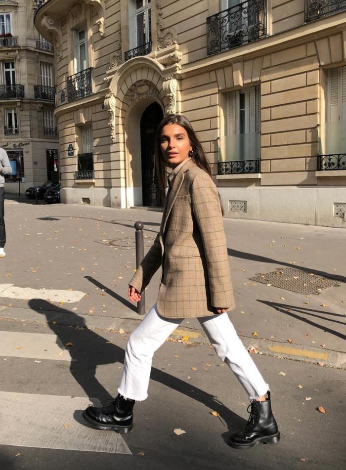 mode veste grand pere carrée longue jean claire bottines doc martins chic