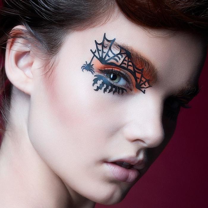 ombre yeux verts eye liner mascara maquillage halloween araignée stickers autocollants visage make up fête fards âpaupières orange