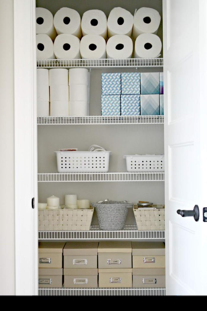 organisation maison comment ranger son armoire a l aide des boites des materiaux sanitaires